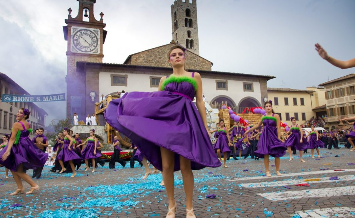 he Grape Festival Tuscany
